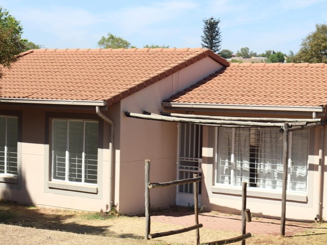 Midrand, Country View Property  | Houses For Sale Country View, Country View, Townhouse 3 bedrooms property for sale Price:675,000